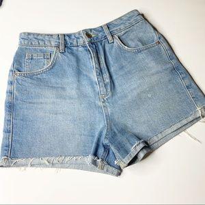 Topshop moto girlfriend raw hem denim shorts sz 6